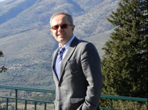 Pneumatikos Ioannis : Professor of Intensive Care